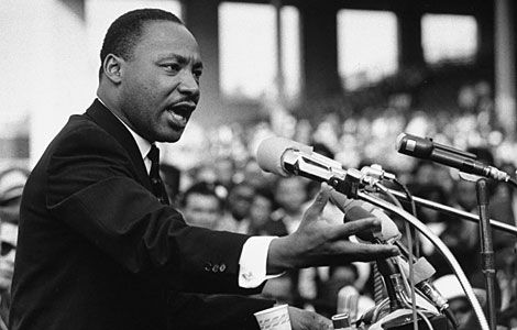 MARTIN LUTHER KING – I: Montgomery Bus Boycott And The Rise of the Legend